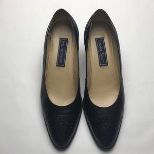 Laura Scott black 2 inch loader classic